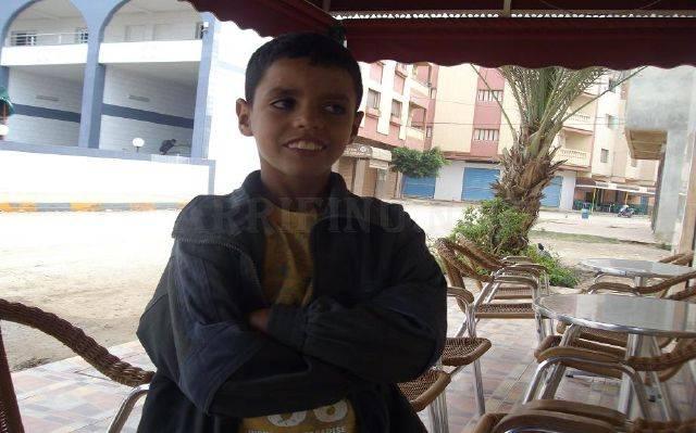 بسبب قسوة زوجة الأب: طفل يتحول إلى متشرد بشوارع أركمان والناظور