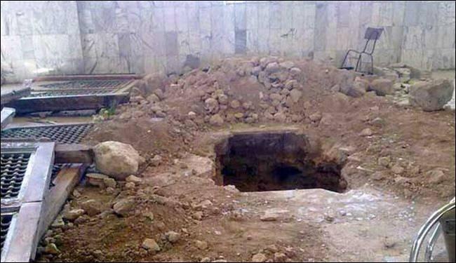 شاهد عيان: المسلحون احتفلوا بنبش قبر حجر بن عدي