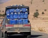 الجزائر تمنع التهريب نهائيا قريبا و مئات العاملين به بالناظور و الدريوش مطالبون بتغيير مهنهم
