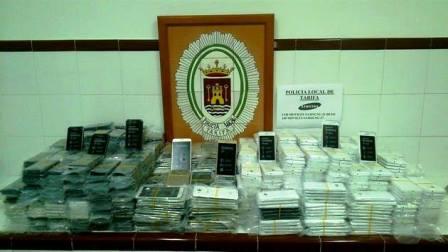 الشرطة الاسبانية تحبط عملية تهريب هواتف محمولة من مليلية المحتلة