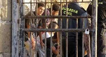 مليلية تطالب بنقل القاصرين المغاربة إلى إسبانيا إذا لم يسترجعهم المغرب