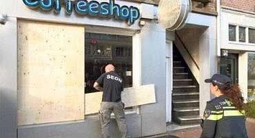 امستردام.. مقاهي الحشيش المملوكة للريفيين تتعرض لهجمات مسلحة
