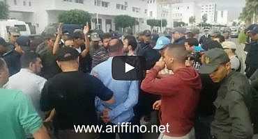 +فيديو وصور..  إصابات في صفوف المعطلين استدعت نقل بعض حالاتها إلى المستشفى إثر تدخل أمني عنيف