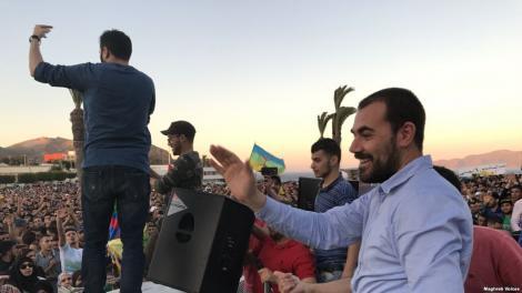 """صفحة الزفزافي على """"فيسبوك"""" تدعو إلى مسيرة تاريخية في الحسيمة يوم عيد الفطر"""