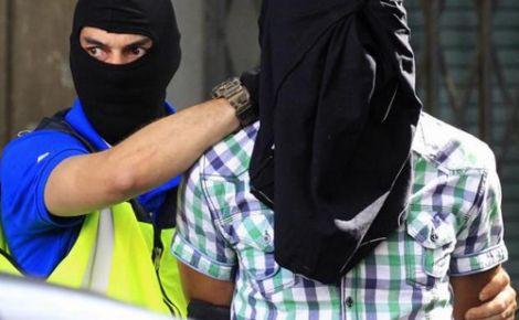 +فيديو: اعتقال ثلاثة مهاجرين ريفيين في اسبانيا بتهمة الارهاب