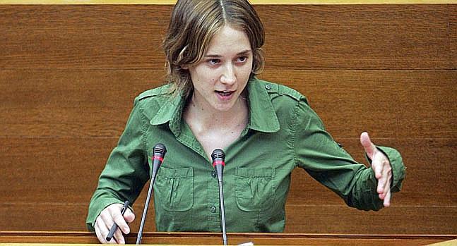 هذه البرلمانية الاسبانية تطرح سؤالا خطيرا عن حراك الريف في البرلمان الاوربي؟؟