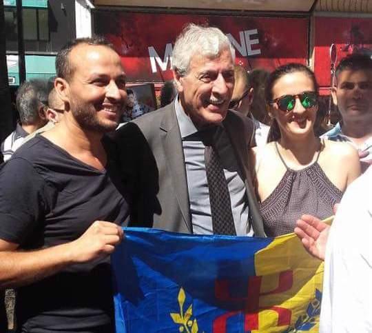 """+صور: فرحات مهني """"رئيس حكومة القبائل"""" في فرنسا يتضامن مع حراك الريف"""