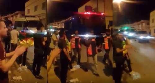 + اول فيديو: انسحاب سيارات الأمن من سَاحات الحُسيمة على وقع زغاريد المواطنين
