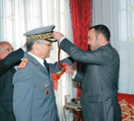 كتاب جديد يحكي كيف انقذ الجنرال الناظوري الحرشي الجيش المغربي من كوارث في الحرب مع البوليساريو
