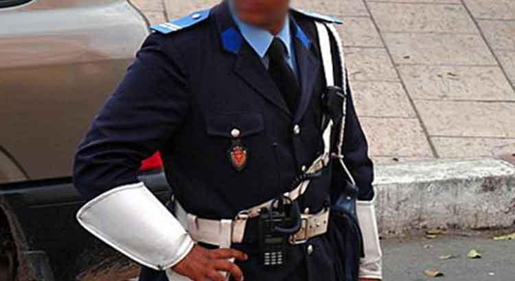 مثير: توقيف شرطي بالناظور لتورطه في الابتزاز