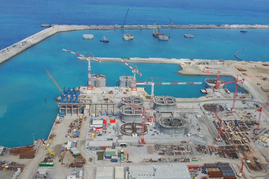 أريفينو تكشف: ميناء الناظور غرب المتوسط يساهم في تتويج المغرب بلقب البلد الأكثر جاذبية اقتصاديا في افريقيا