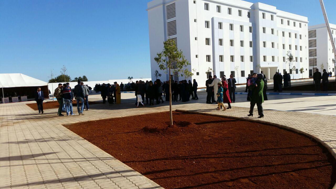 النقل المباشر +أولى الصور: تدشين الحي الجامعي بالناظور