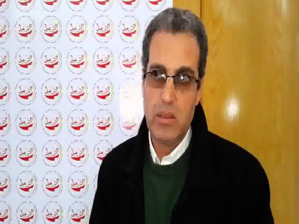 الجزائر تعتقل و تطرد حقوقيا ريفيا لهذا السبب؟