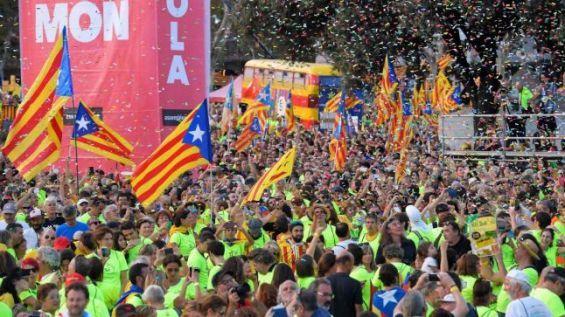 الناظور: السلطات تمنع رسميا الوقفة التضامنية مع كاتالونيا امام القنصلية الاسبانية