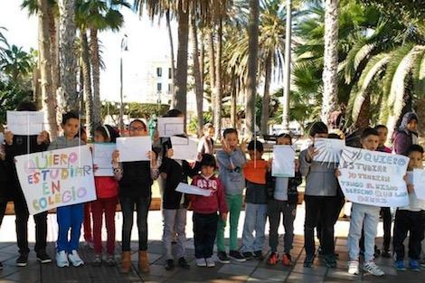 +صور: إسبانيا تخرق القوانين لإبعاد أطفال مغاربة عن مدارس مليلية
