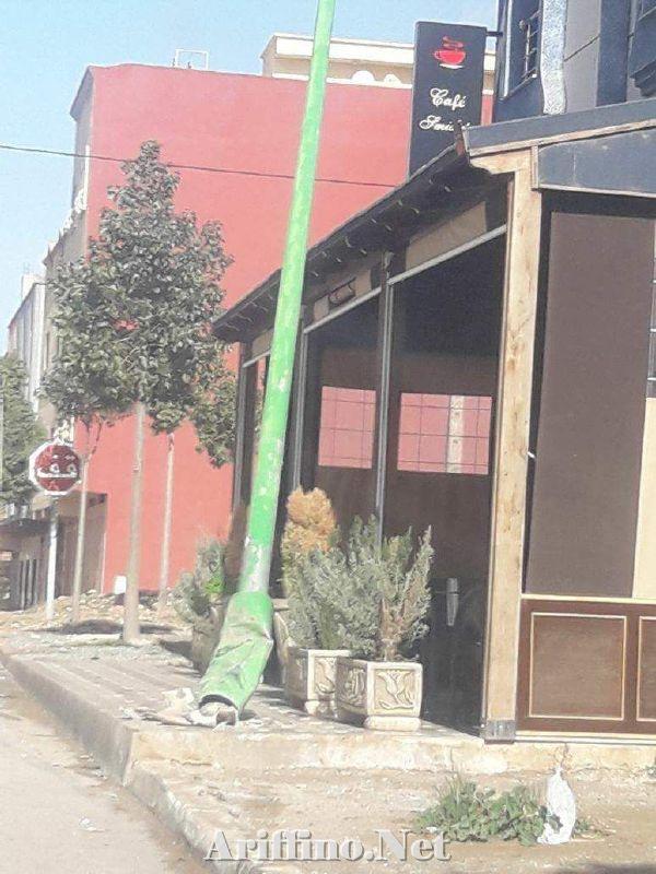 + صور :حادثة سير بحي العمران بسلوان كادت أن تزهق أرواحا داخل أحد المقاهي لولا الالطاف الالاهية