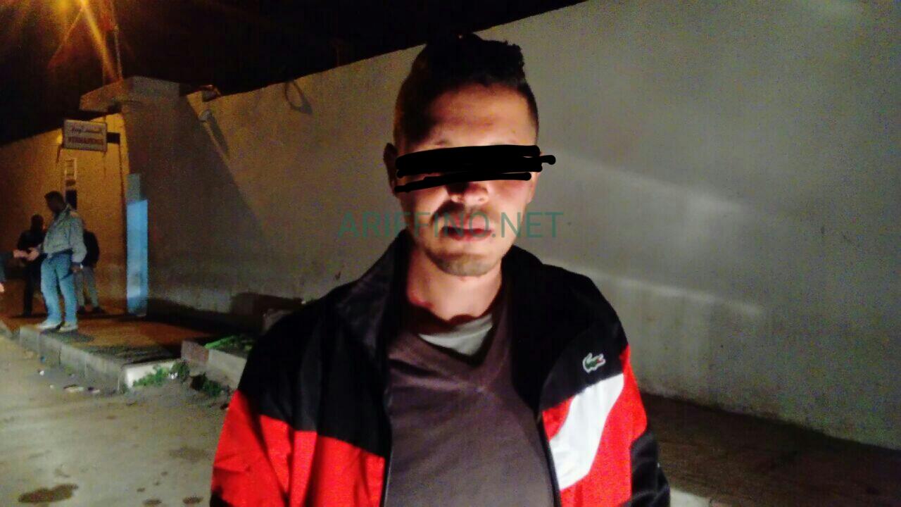 """+صور: اثر مداهمة ليلية..القبض على """"الفراش"""" الذي اعتدى على عون سلطة بالناظور"""