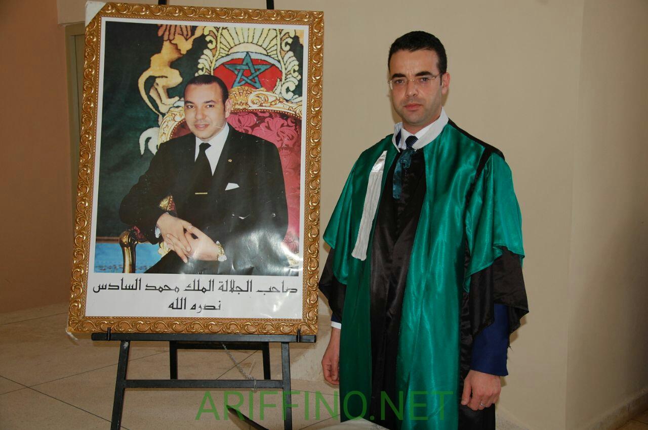 +صور و فيديو: الباحث الناظوري ذ محمد فليل يناقش الدكتوراه في القانون و يحصل عليها بميزة مشرف جدا