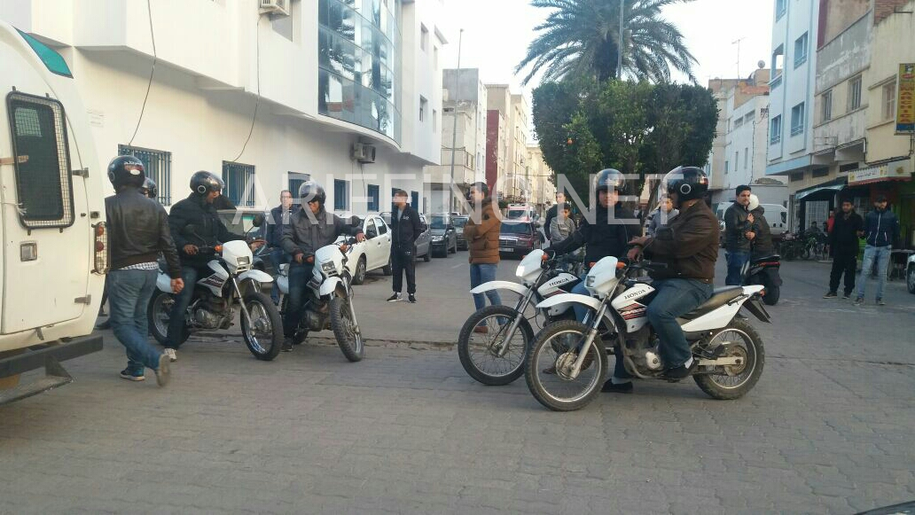 +صور و فيديو: قوات الأمن تفرق بالقوة وقفة تضامنية مع جرادة بالناظور