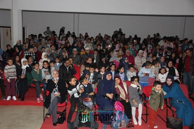 مؤسسة الإنبعاث للتعليم الخصوصي تنظم عرضا عائليا بالمركب الثقافي بالناظور.