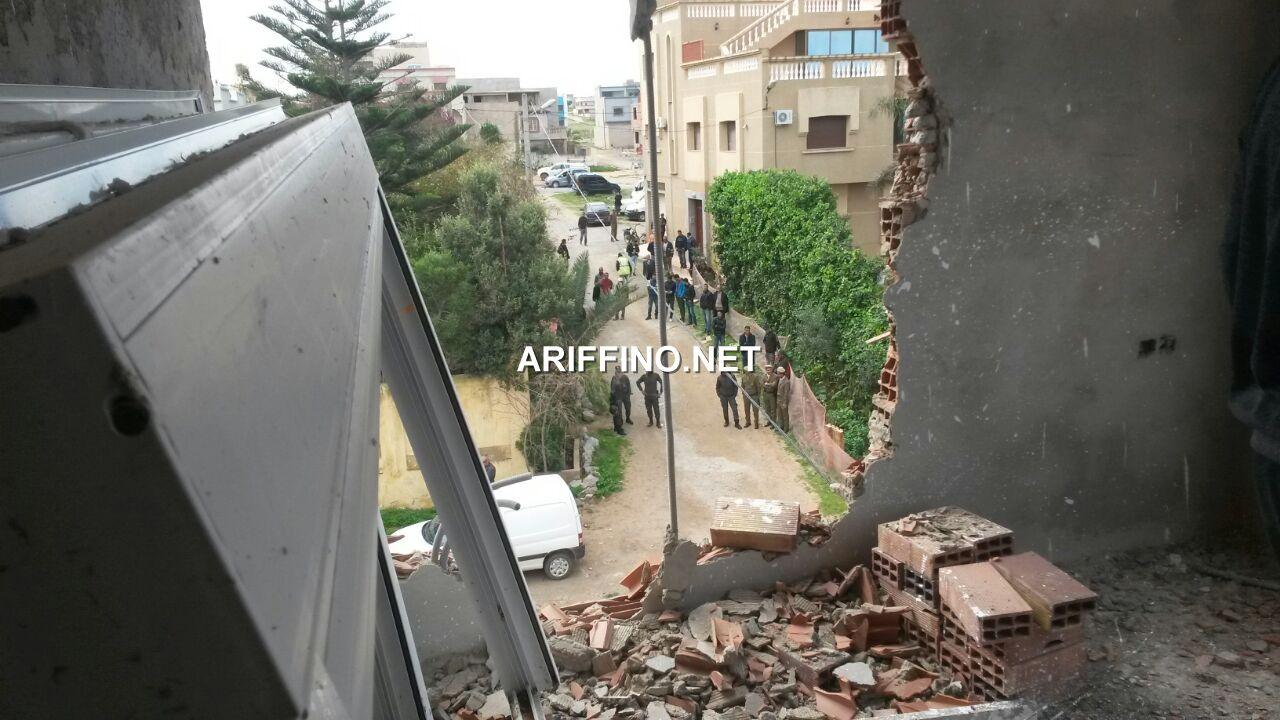أريفينو تكشف+صور: في ضربة قوية.. عامل الناظور يأمر بهدم عدد من المنازل العشوائية براس الماء