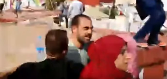 """المعتقل الحاكي رفيق الزفزافي لحظة """"الهروب"""": """"بسيف مانهربو..كون شدونا كون قتلونا عصا"""""""