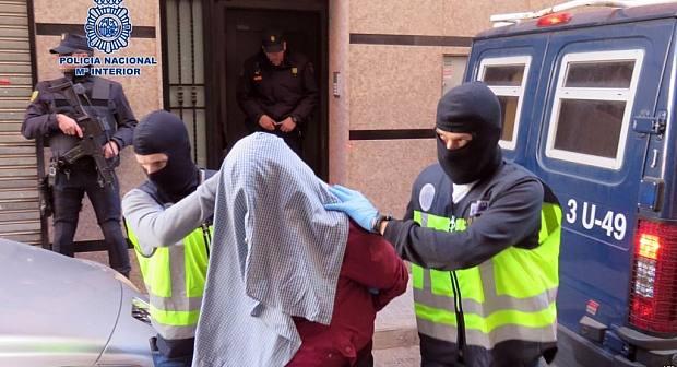 اعتقال مغربي باسبانيا مبحوث عنه بالمغرب بعد حجز 541 كلغ من الكوكايين