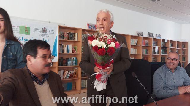 + الصــــور : الكاتب المعروف الأستاذ عبد القادر الشاوي في لقاء مفتوح بالناظور