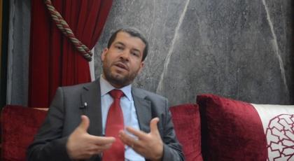 الطاهري نائب الناظور يطالب وزير الطاقة باحداث وكالة للكهرباء بأركمان