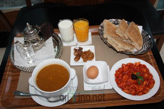 """مادة اشهارية: إفطار مغربي مميز بمقهى """"TOSCA ICE"""" بالناظور -للأفراد و العائلات-"""