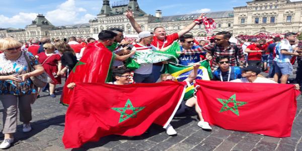 موسكو: بالصور العاصمة تستيقظ على إيقاع زحف أكثر من 30 ألف مغربي