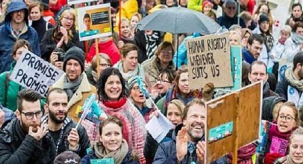بروكسل : مظاهرة للمطالبة بتسوية أوضاع المهاجرين غير الشرعيين