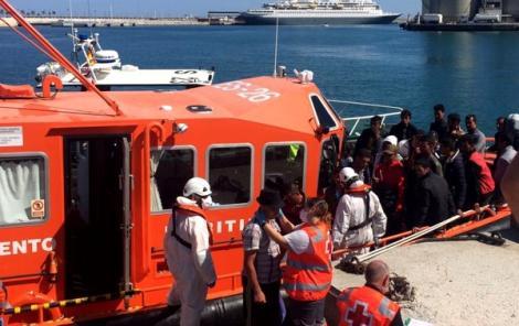 مهاجرون سريون يُبحرون من سواحل الريف أثناء مباراة المغرب والبرتغال