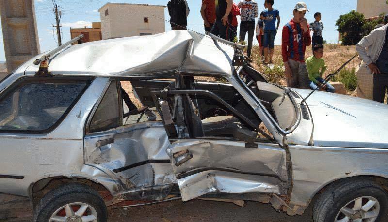 +صور: وفاة سيدة و اصابة زوجها في حادث سير خطير بين الناظور و الدريوش