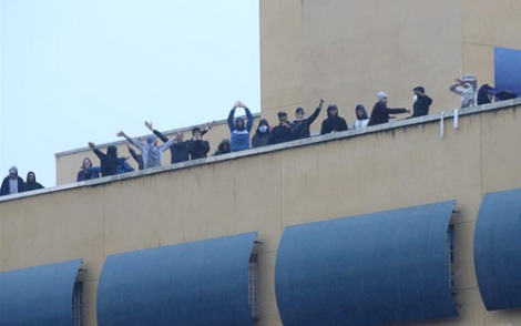"""""""حراكة"""" من الريف يضربون عن الطعام باسبانيا بعد رفض طلبات لجوئهم"""