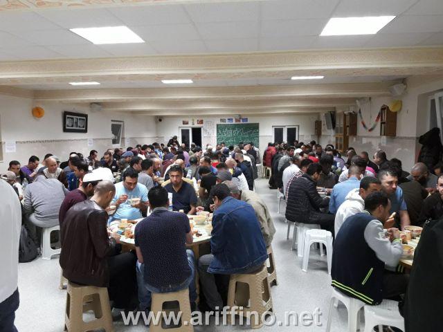 بالصــور : مسجد المتقين ببروكسيل يستضيف عباد الرحمان على مائدة الإفطار و يحقق مقاصد كبرى