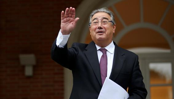 وزير الداخلية الاسباني الجديد: سأقوم بكل ما في وسعي لتغيير هذا الامر بين الناظور و مليلية