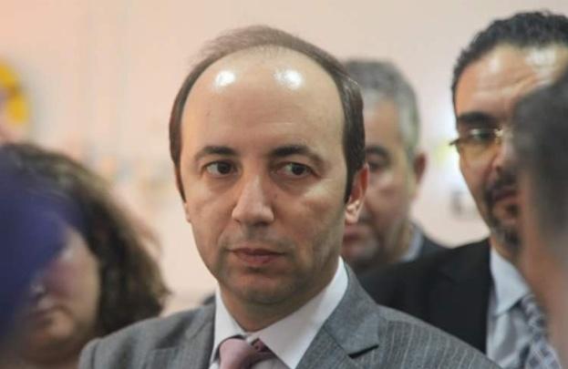 بعدما راوغ الناظوريين: وزير الصحة يدعم الحسيمة بالاطباء و الامكانيات و ينفذ مشاريعها في اقرب وقت