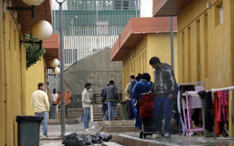 مليلية.. طالبو اللجوء بسب الحراك يعيشون ظروف مزرية