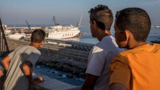 إسبانيا: تفكيك شبكة جديدة لتهريب المهاجرين من الناظور