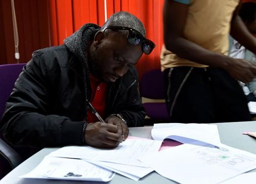 حقوقيون: المغرب يرحل مهاجرين حاصلين على الإقامة من الناظور