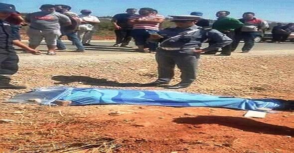 عاجل+صور: سائحة أجنبية تقتل شابًّا دهسًا بين مدينتَي الحسيمة والناظور