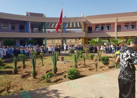 الناظور: مذكرة لأمزازي تُعيدُ عزف النشيد الوطني والزي المدرسي الموحد بالمؤسسات التربوية