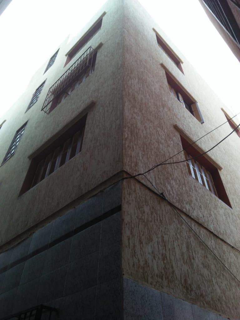 منزل للبيع بالناظور: 110 متر بواجهتين قرب مسجد باصو