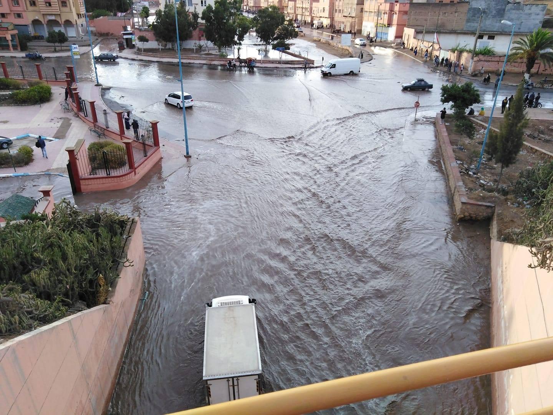 نشرة خاصة. أمطار عاصفية قوية وتوقع فيضانات بهذه المدن وارتفاع لدرجات الحرارة بمدن أخرى