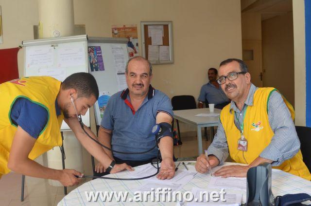 روبورتاج :جمعية حي الرويسي للتضامن والتنمية بازغنغان تلبي نداء المركز الجهوي لتحاقن الدم وتحفز ما يقارب 140 متبرعا بأزغنغان والنواحي.