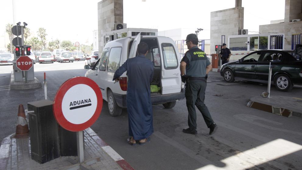 أحزاب إسبانية بمليلية تحتج على صمت حكومة مدريد وتدعو لانقاذ المدينة من الإفلاس