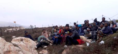 """اسبانيا تعيد الى المغرب 30 مهاجرا سريا وصلوا الى جزر """"اشفارن"""" قرب الناظور"""