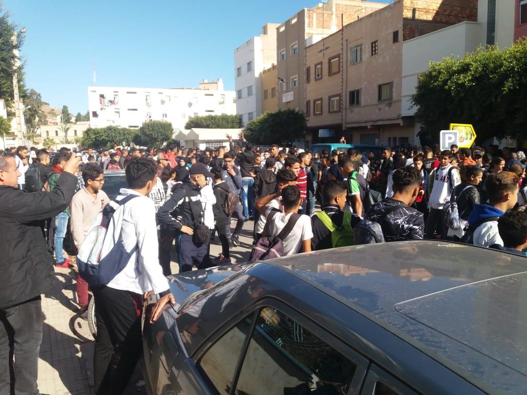 صور و فيديو: احتجاجات تلاميذ الناظور مستمرة الجمعة لليوم الثالث على التوالي