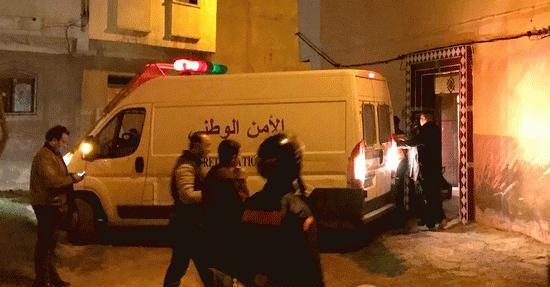 الناظور+صور: قوات الأمن تقتحم منزلا و تعتقل 13 شخصا لهذا السبب؟
